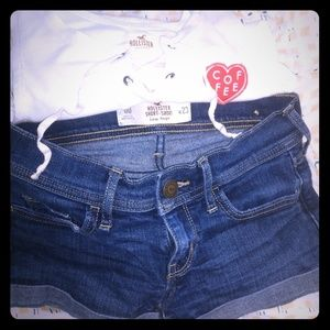Hollister shorts and t-shirt size small